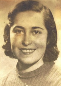 Ileana Lazarovici la vârsta de 18 ani, înainte de deportare